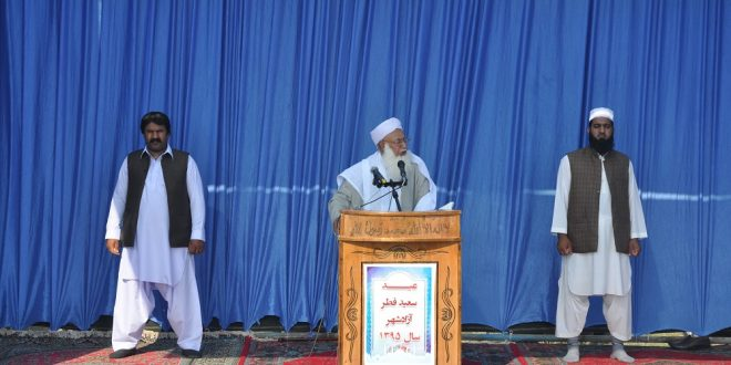 اقامه نماز اهل سنت هیچ صدمه ای به امنیت کشور نمی زند
