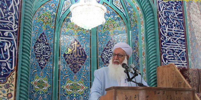 جلوی افراد بی مسئولی که به مولانا عبدالحمید اهانت می کنند گرفته شود