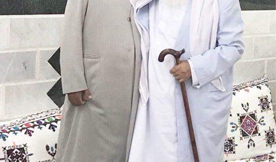 تا پای جان در کنار مولانا طیب و مردم ایرانشهر ایستاده ام